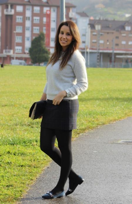 falda tubo y jersey