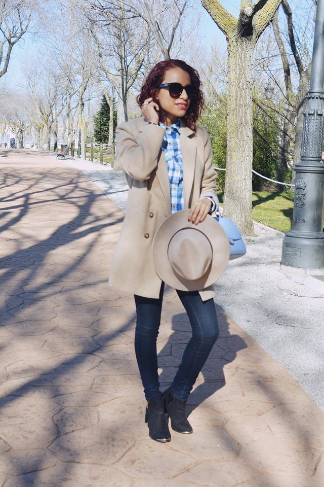 Look denim y abrigo camel 6