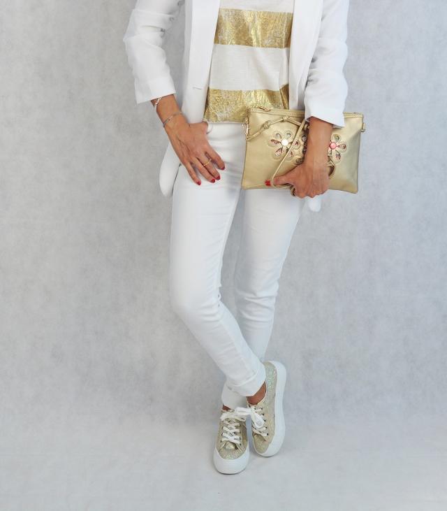 Blanco y dorado 11