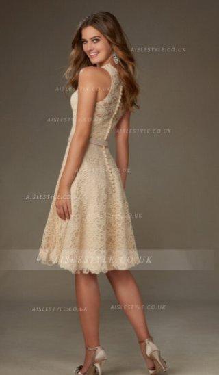Vestido de encaje corto 2