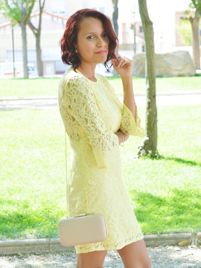vestido-amarillo-encaje-10