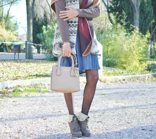 look-con-falda-de-terciopelo-12