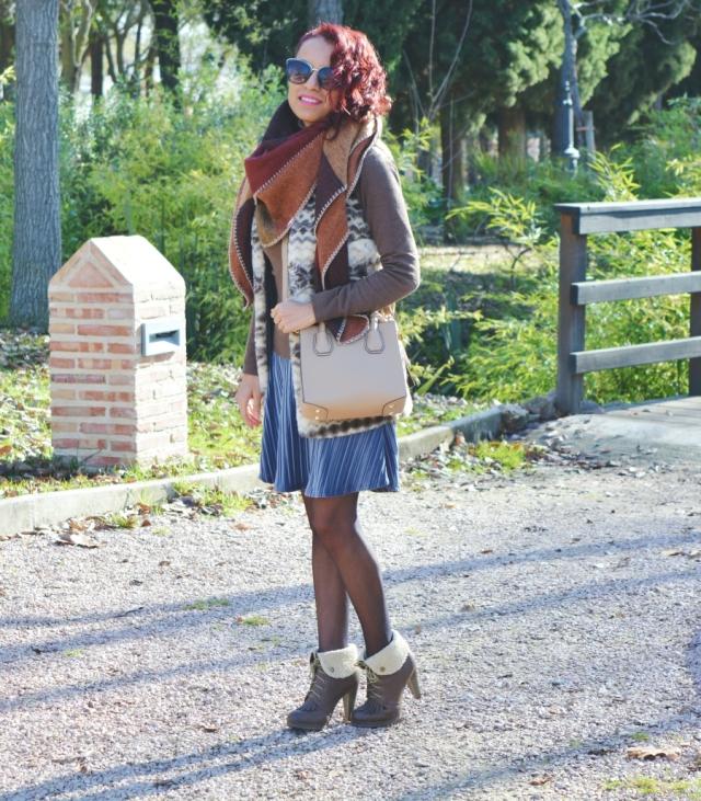 look-con-falda-de-terciopelo-3