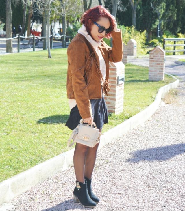 look-con-chaqueta-y-falda-de-ante-1