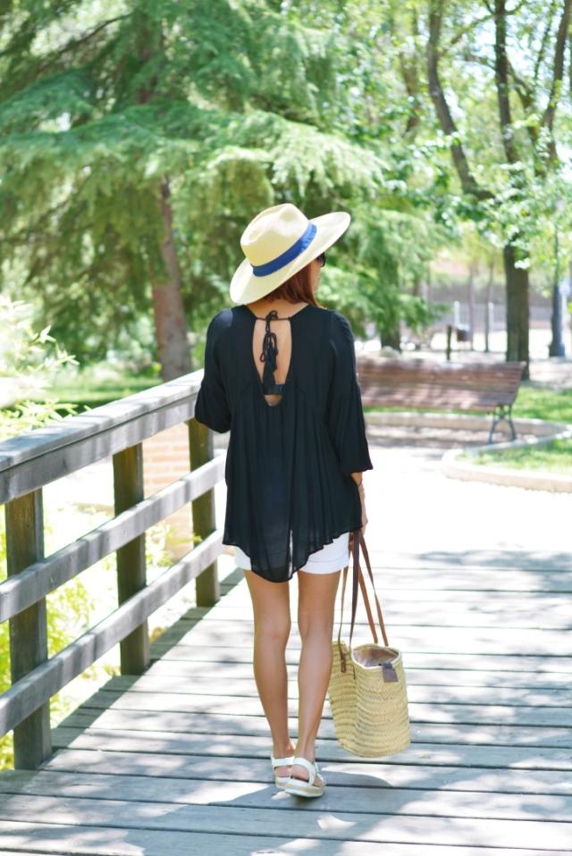 Blusa negra para verano