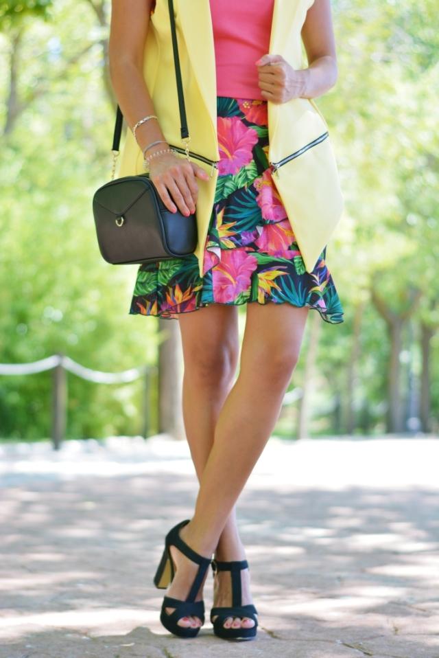 Bolso y zapatos negros