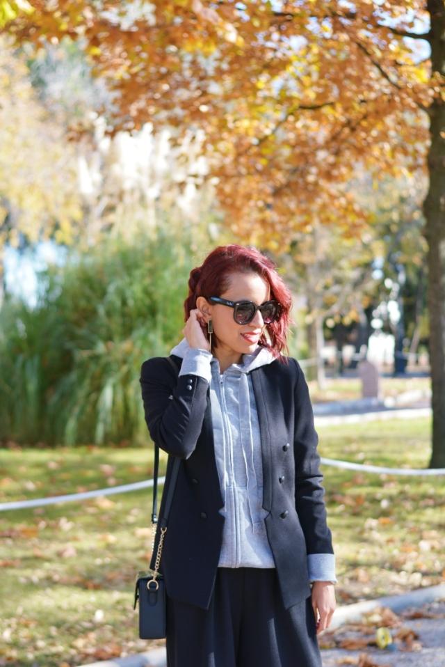 Look con blazer negra