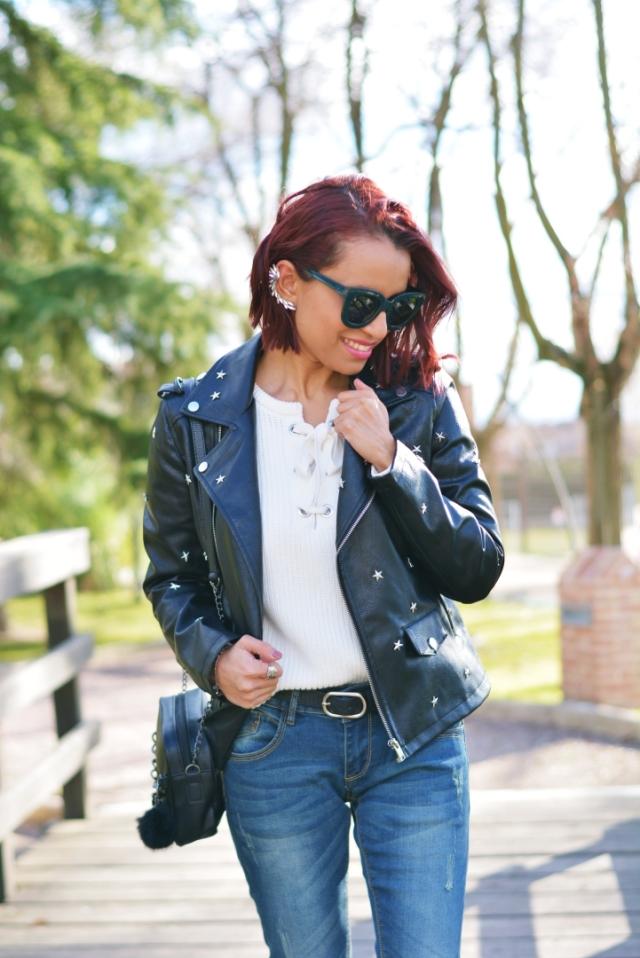 Outfit con jean y biker