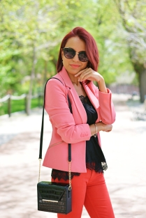 https://gabbysweetstyle.com/2018/05/04/red-and-pink/