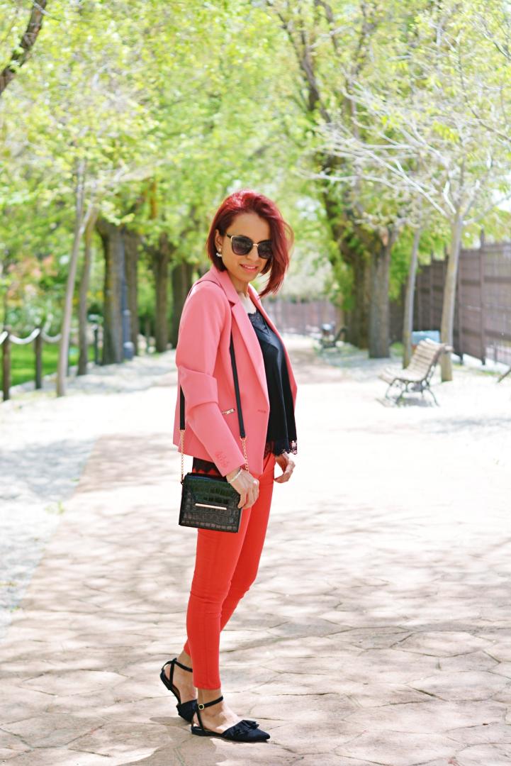 Tendencia rojo y rosa